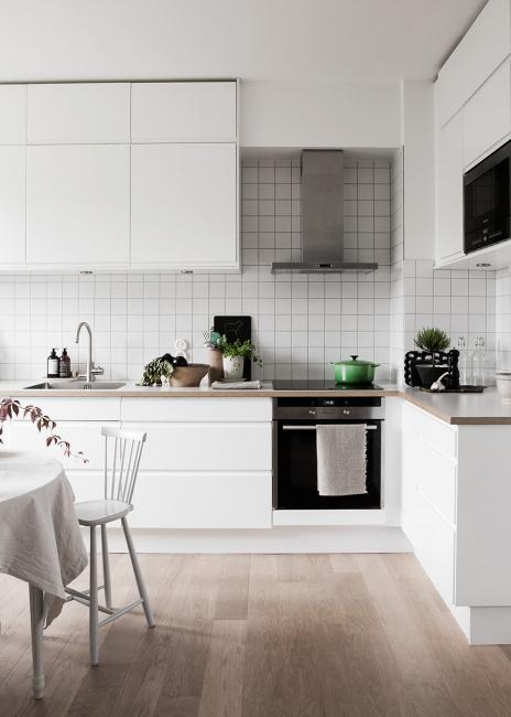Лучше не выбирать бытовой вариант для кухни