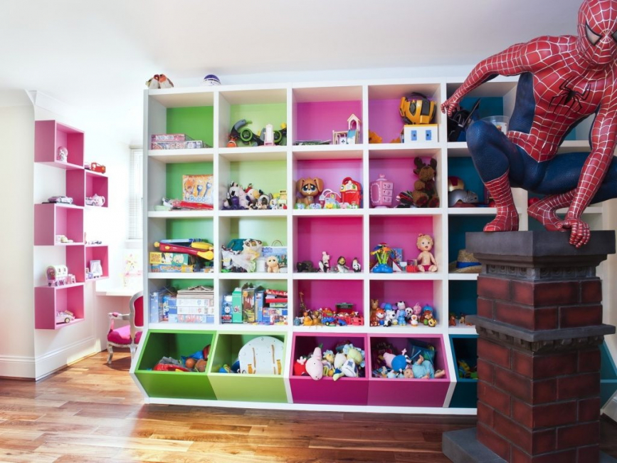 В детской эта мебель используется для зонирования или хранения детских игрушек