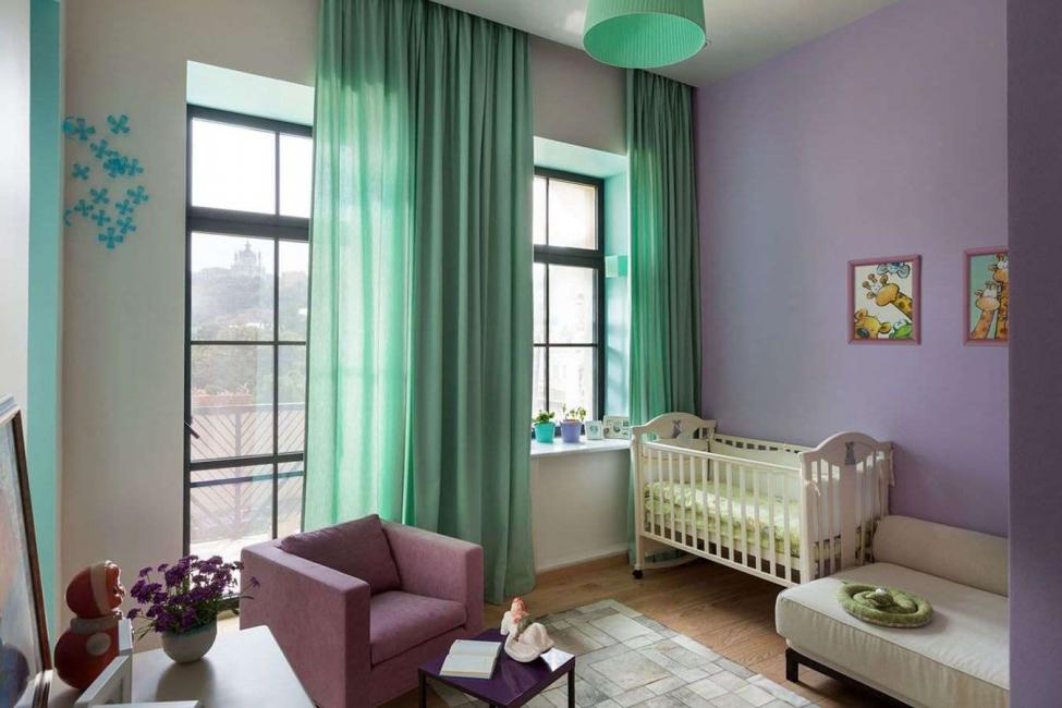 Можно выбрать даже зеленые шторы