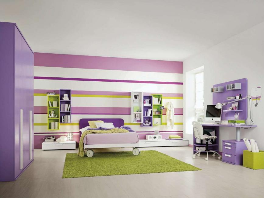 Стены можно покрасить в любой цвет, даже в разные
