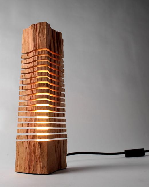 Напольный светильник для интерьера