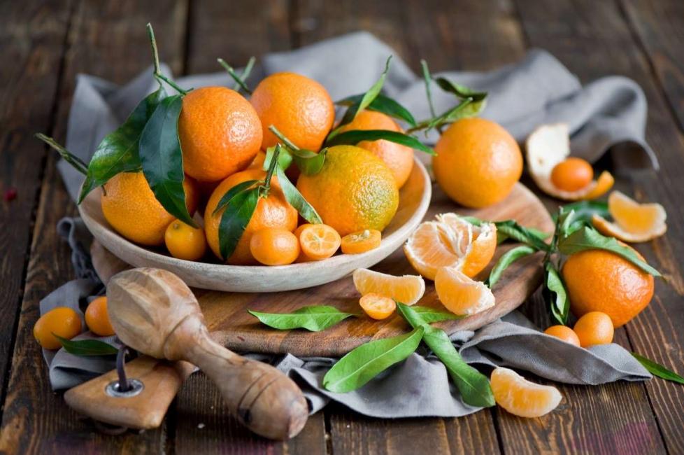 Должны присутствовать желтые фрукты