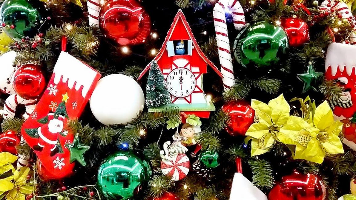 Добавим настроения и радости детям украшая елку