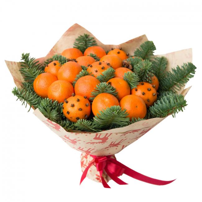Новогоднее настроение поднимет букетик с мандаринами
