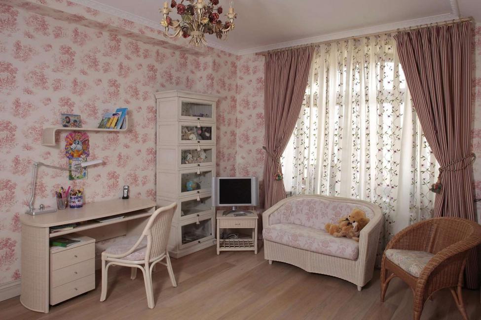 Прекрасный выбор для детской комнаты маленькой девочки