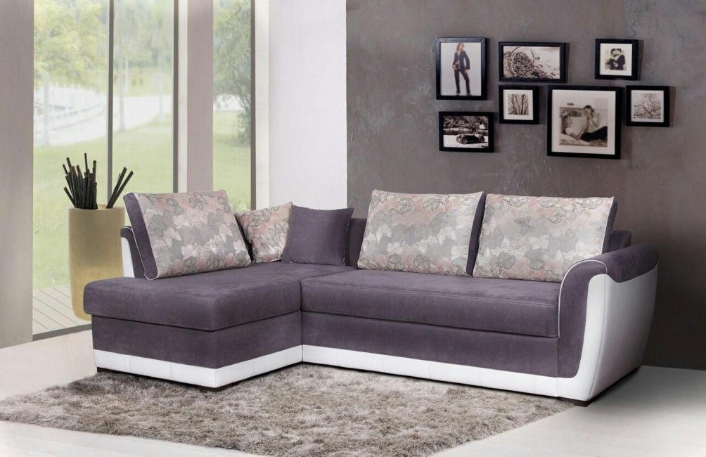 Модульные части могут размещаться как отдельно, так и быть продолжением дивана