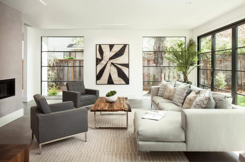 Размещение дивана может влиять на общий интерьер