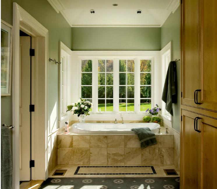 При покупке акриловой ванны следите, чтобы ее поверхность была однородной