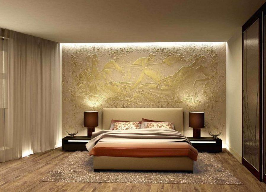 Размещение над изголовьем кровати