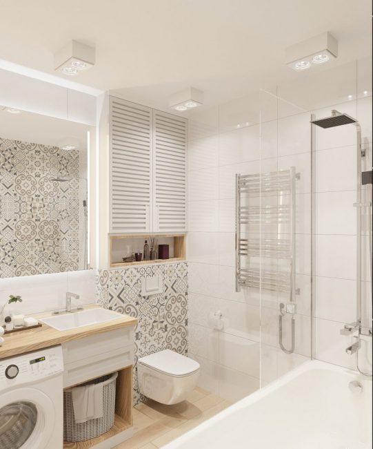 Ванная комната оформлена в белом цвете
