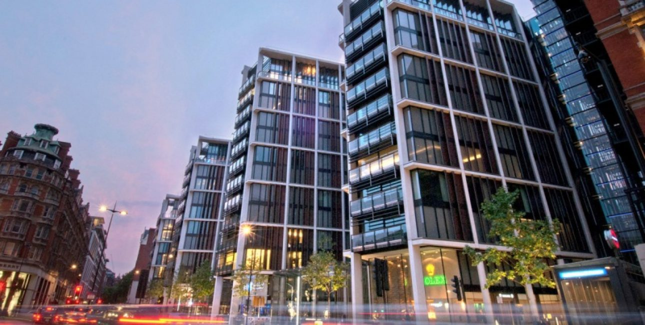 Город Лондон, 200 млн $