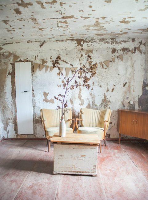 Анна решила обустроить все комнаты в стиле минимализм, чтобы не захламлять помещения