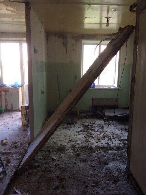 Вот так выглядит квартира в самом начале ремонта