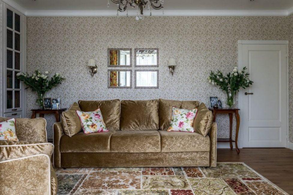 Кресла и диван из велюра прекрасно подходят под общий дизайн комнаты
