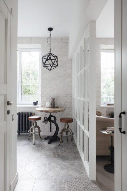 Ремонт в крошечной однушке с кухней, гостиной, спальней и системой хранения