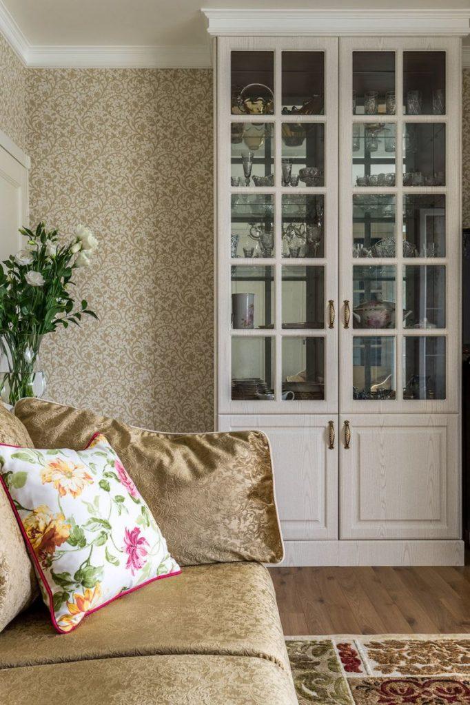 Из типовой «однушки» в романтичный интерьер с французским окном для настоящей королевы