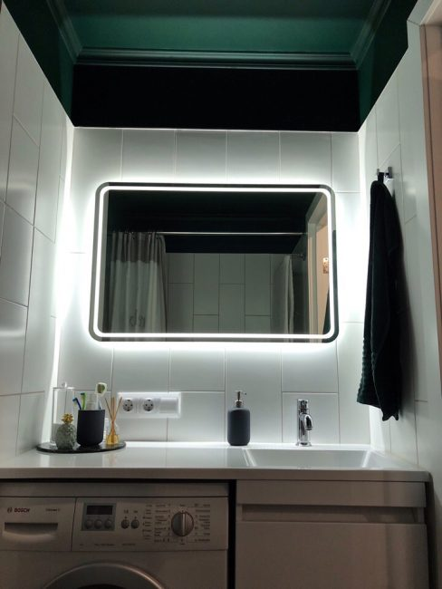 За счет подсветки в ванной она получилась просто фантастической