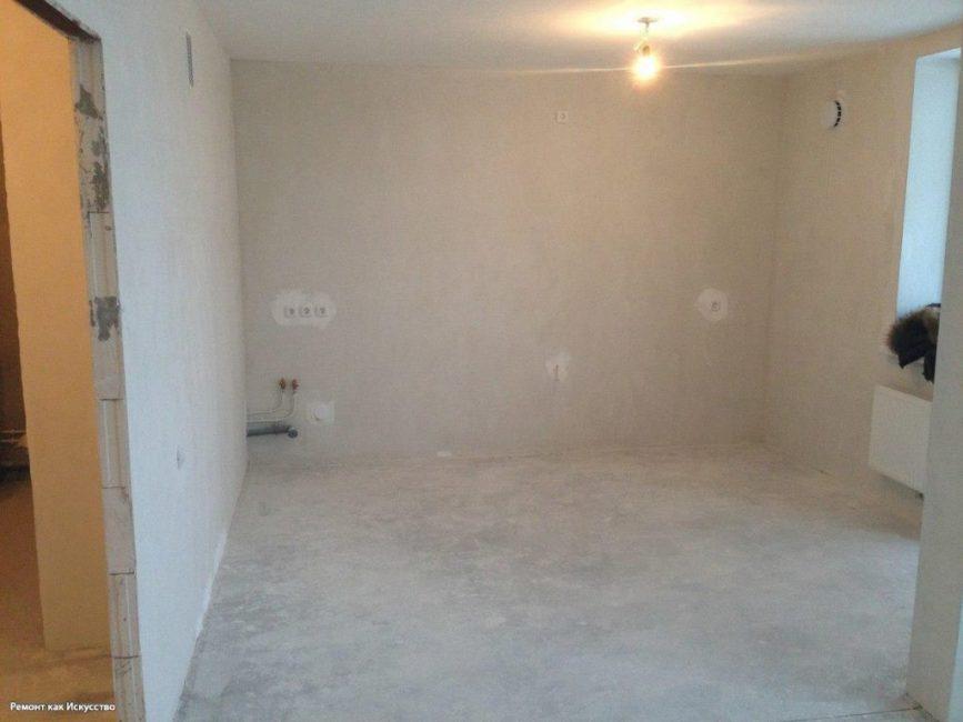 В начале ремонта снесли стену между кухней и залом. выровняли стены, пол и потолок