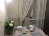 В кухне на 6 кв.м. сделали очень лаконичный и недорогой ремонт + ФОТО