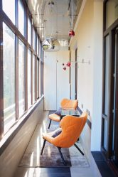 Отделка балкона в хрущевке: 225+ (Фото) — Идеи для Оформления красивых дизайнов