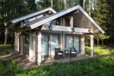 Красивые фронтоны домов: Отделка и Обшивка. Как сделать лучше? (150+ Фото)