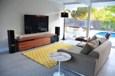 Современные Прямые и Узкие диваны со спальным местом от «А» до «Я» (175+Фото на кухню и в гостиную)