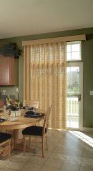Шторы на двери — Как поселить гармонию в доме? 215+ Фото Красивых и Современных идей