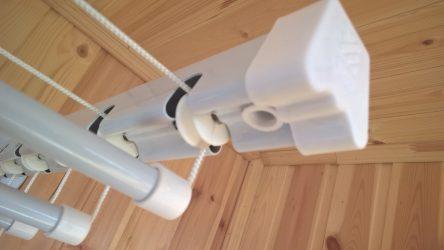 85+ Фото Приспособлений для Сушки белья на балконе своими руками: Вешалка, Лианы, Веревки. Какой Вариант выбрать?
