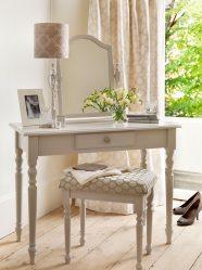 Туалетный столик с зеркалом и подсветкой: 140+ (Фото) Вариантов для вашей спальни