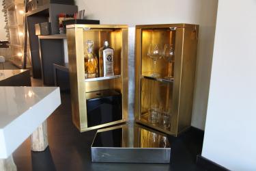 Бар для бутылок в интерьере квартиры или дома —  Как лучше сделать? 120+ (Фото) из дерева, напольный, угловой