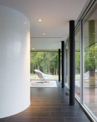 Красивые одноэтажные проекты домов с террасой (175+ Фото). Особенности размещения на участке